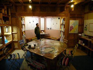 お茶屋のあ(富士原町)へ永本さんの個展を見に行ってきたよ