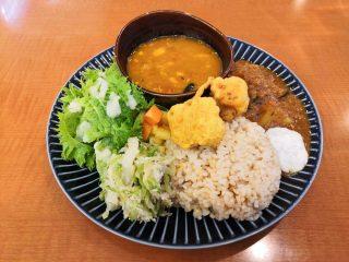 ヴィーガン料理のお店『Café Prāṇa カフェプラーナ』オープン!!