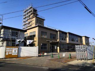 板倉町役場旧庁舎解体工事中
